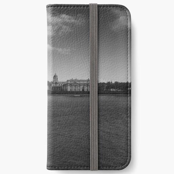 University of Greenwich iPhone Wallet