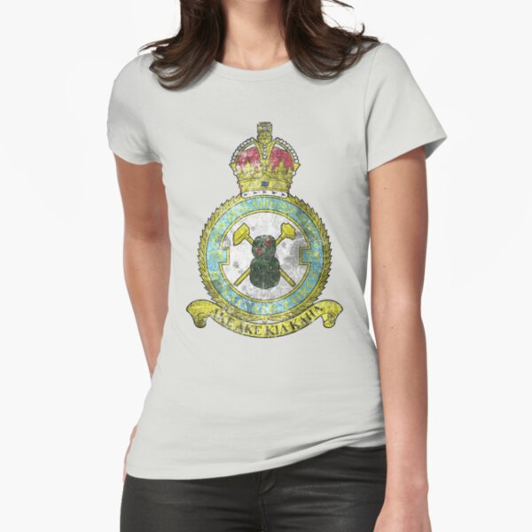 75(NZ) Squadron RAF Full Colour crest VINTAGE Fitted T-Shirt