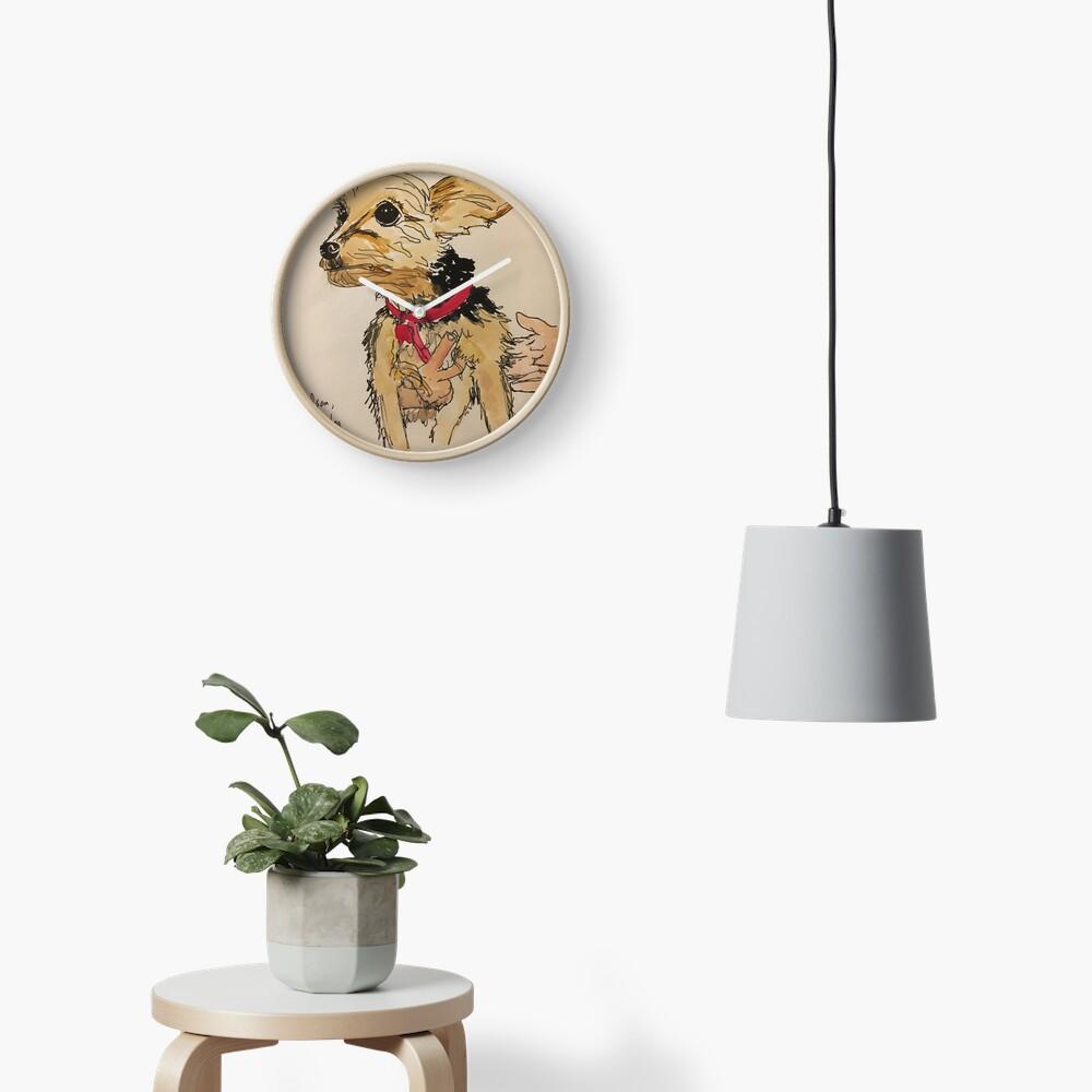 Hudson, Peter's dog Clock