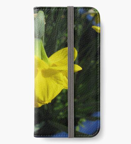 Nickende Narzissen iPhone Flip-Case