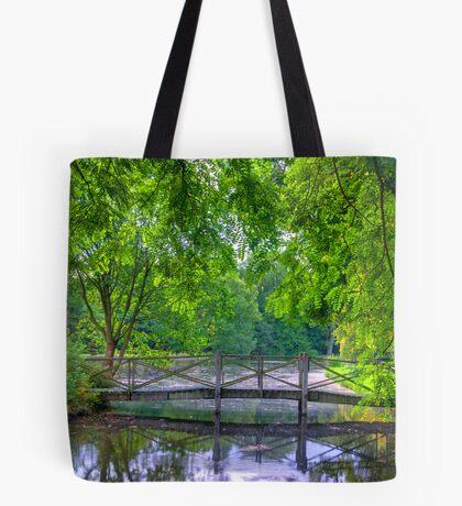 Latice Bridge Tote Bag