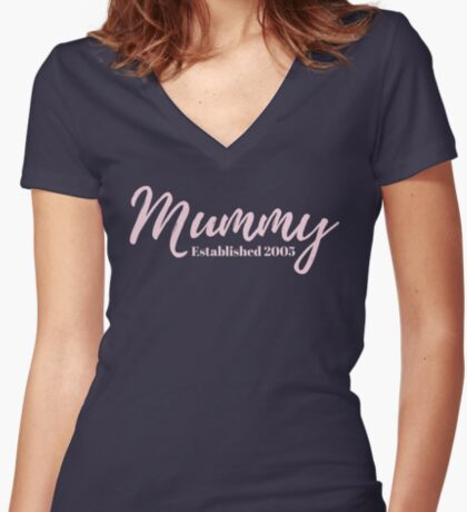 Mummy Established 2005 Fitted V-Neck T-Shirt