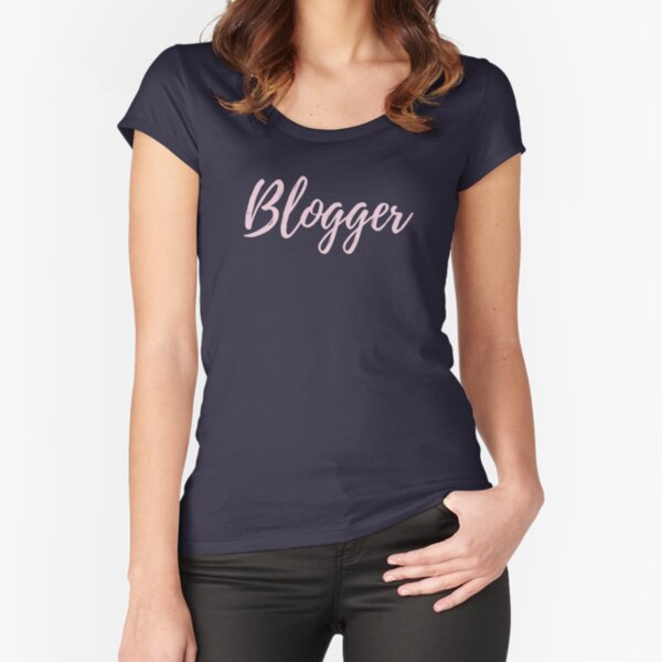 Blogger Fitted Scoop T-Shirt