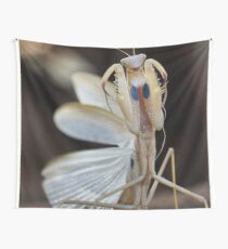 """""""ELEGANCE"""" IN CAPTURE - The praying mantis Wall Tapestry"""