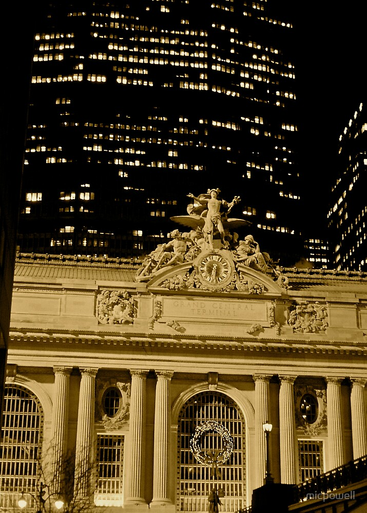 Grand Central Christmas by micpowell
