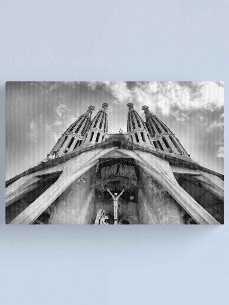 Alternate view of La Sagrada Familia Canvas Print
