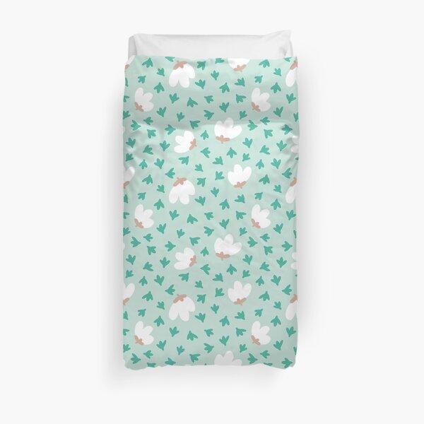 Aquamarine flowers Duvet Cover