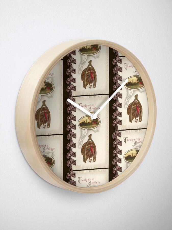 Alternate view of Thanksgiving Turkey and Wishbone - Goodluck Clock