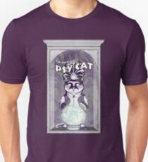 Vintage Psychic Cat in a box Unisex T-Shirt