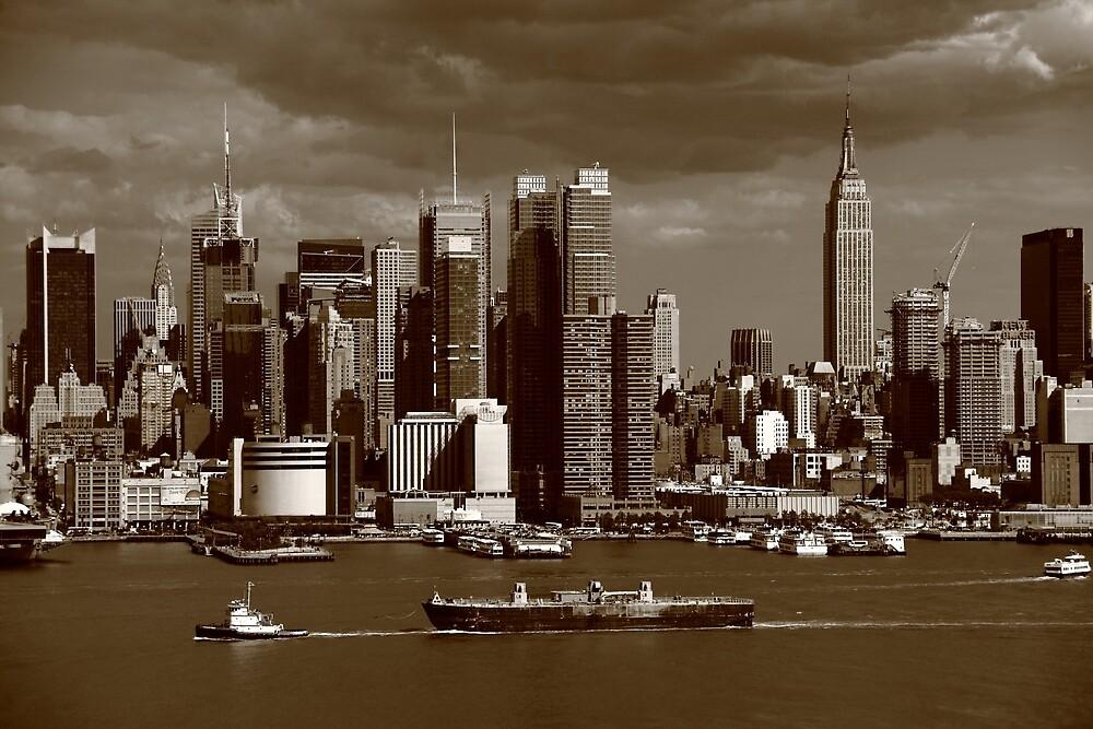 New York City Skyline by Frank Romeo