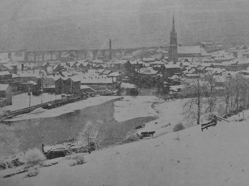 A Snowy Drogheda At The Turn Of The Century by Munich