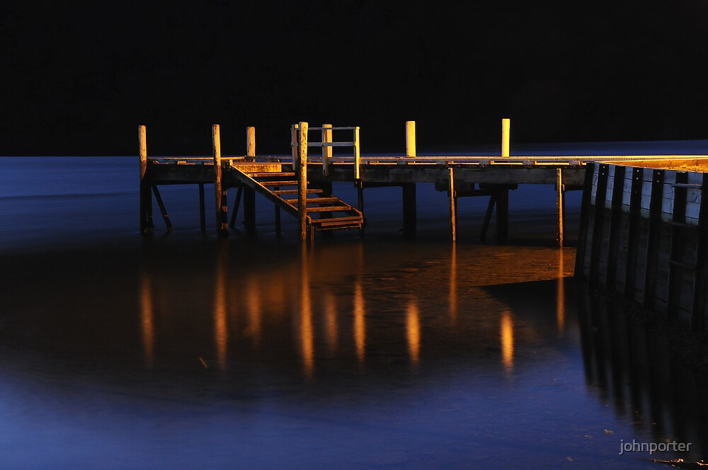Pier reflections by johnporter