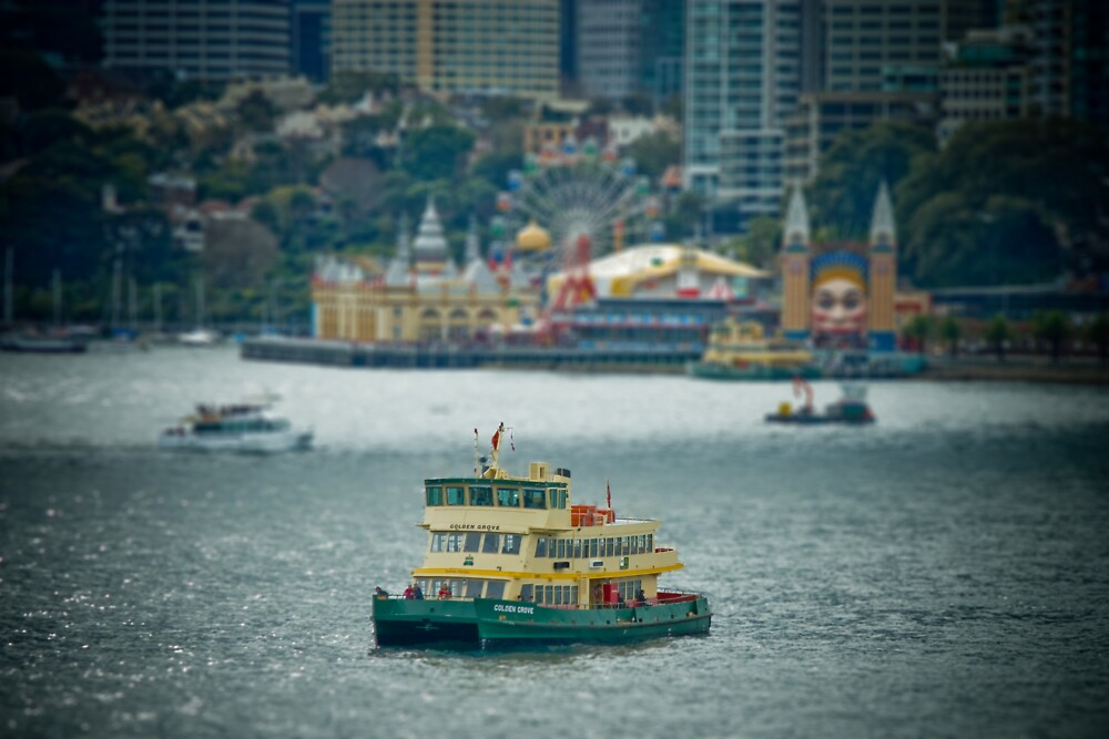 Sydney Harbour Mini by George  Kaye