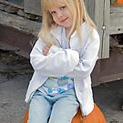 Bumpkin On Pumpkin by Maria Dryfhout