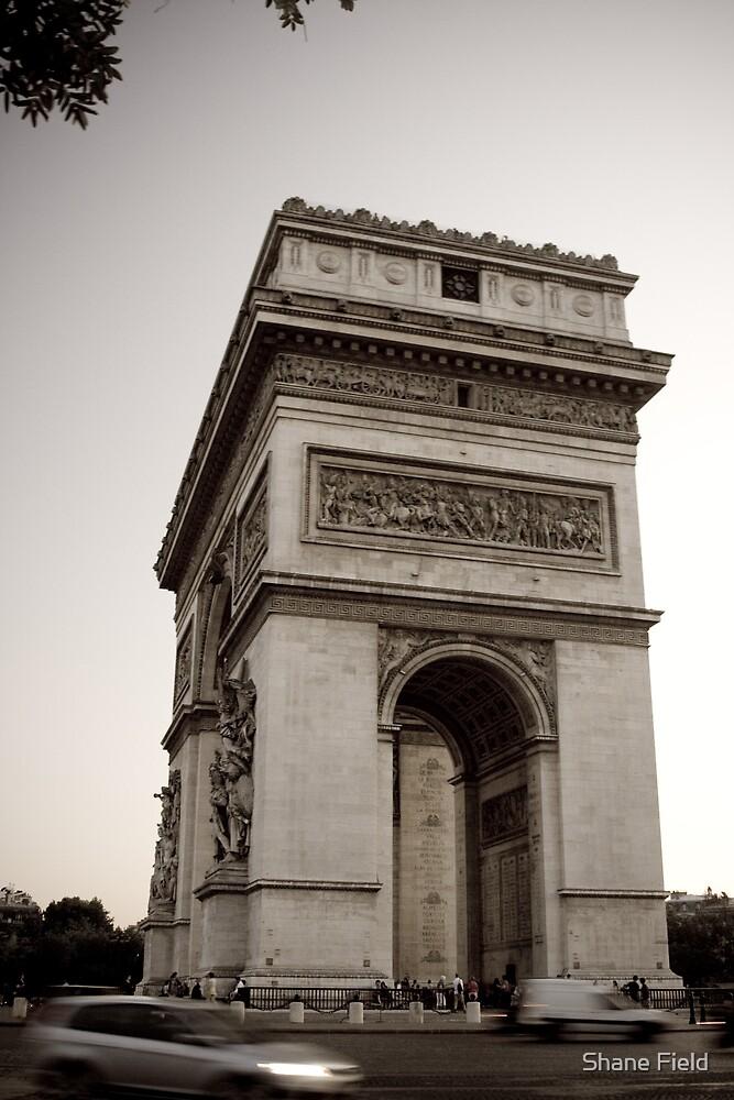 Arc de Triomphe by Shane Field
