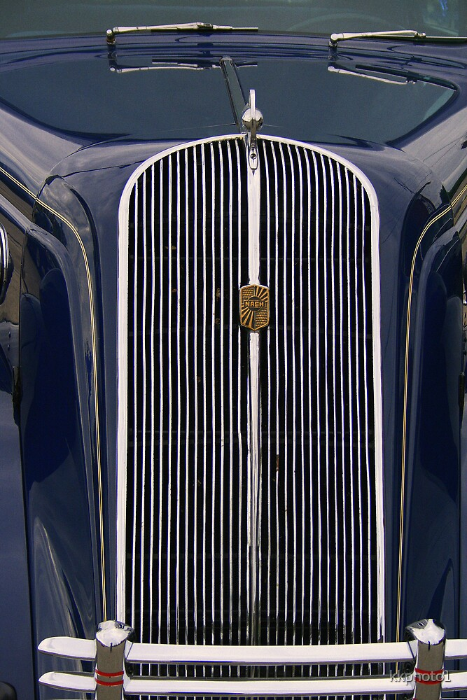 Grille Close Up by kkphoto1