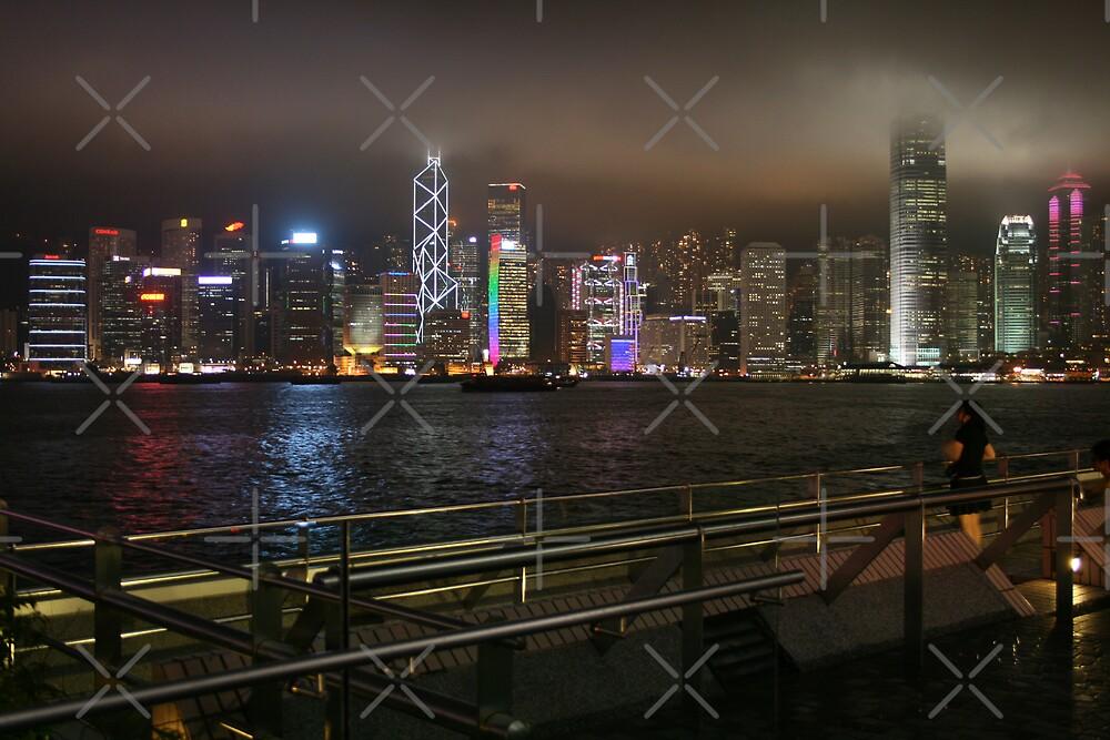 Night time in Hong Kong by hjuk