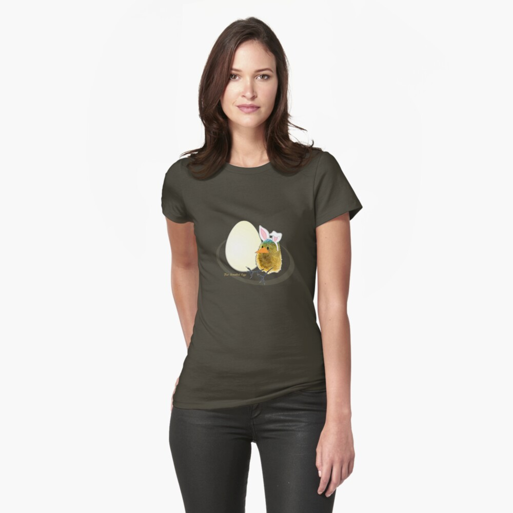 Two Scrambled Eggs - Waiting for Easter Fitted T-Shirt
