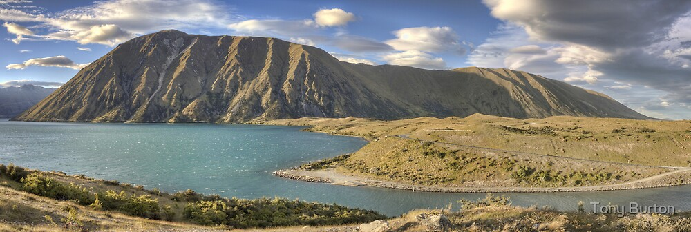 Ben Ohau Range Panorama by Antony Burton