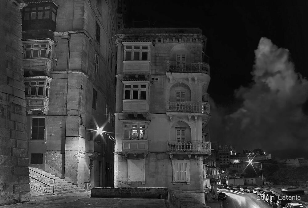 M'Mxett Valletta, Malta -- Night Light by Edwin  Catania