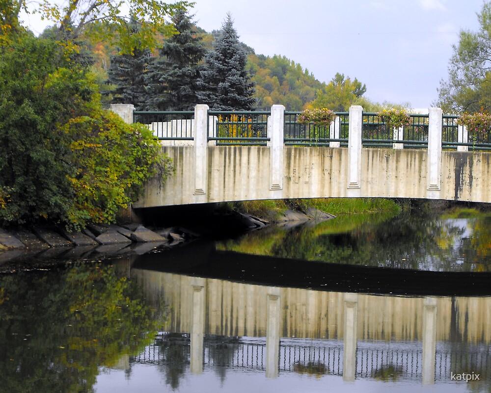 Bridge in Autumn by katpix