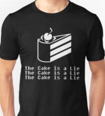 Der Kuchen ist eine Lüge Slim Fit T-Shirt