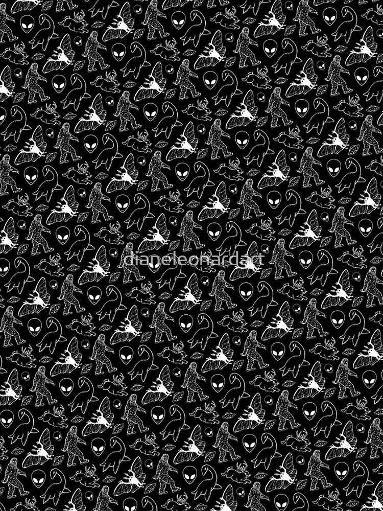 Cryptid-Muster (schwarzer Hintergrund) von dianeleonardart