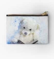Cute Teddy Bear Reading Studio Pouch