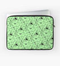 Cryptid-Muster (grüner Hintergrund) Laptoptasche
