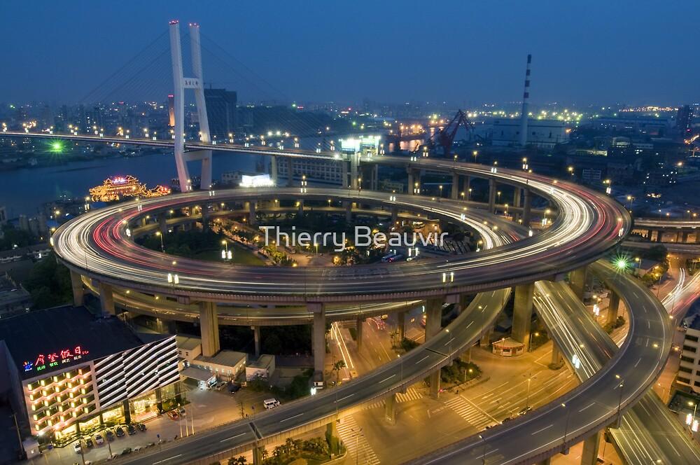 Chine - Shanghaï - Urban Trend by Thierry Beauvir