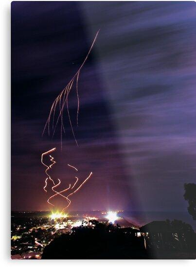 Meteor Men - Coolum Kite Festival 2009 by John Donatiu