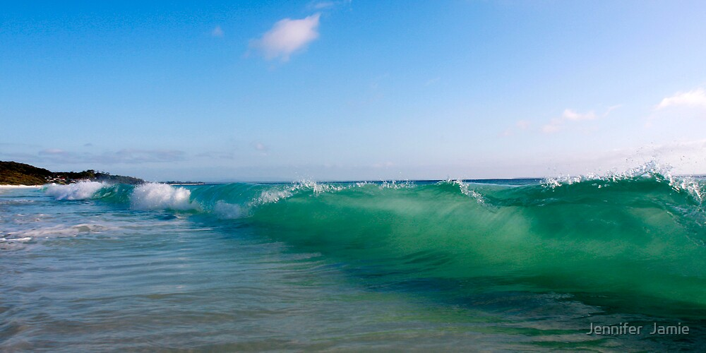 Hyams Wave by Jennifer  Jamie