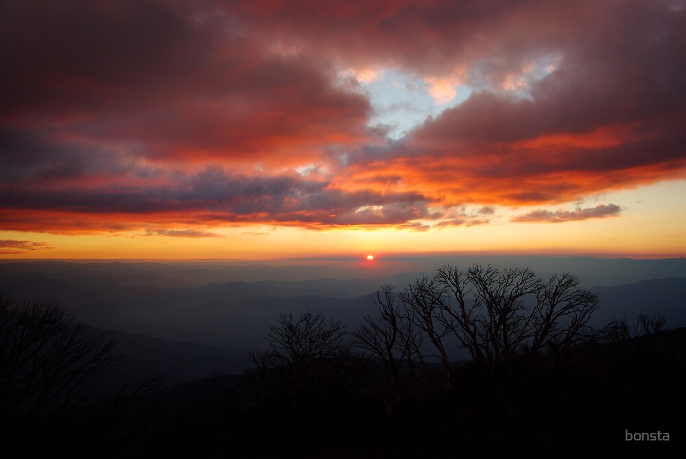 Sunset from Little Feathertop by bonsta