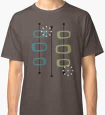 Observe - 2 Classic T-Shirt