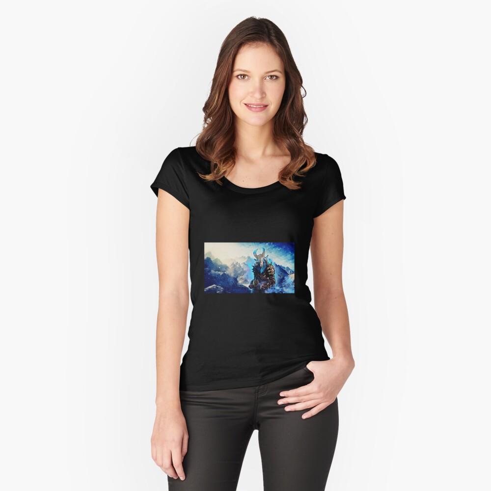 Ragnarök Tailliertes Rundhals-Shirt