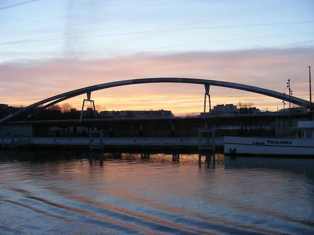 Paris bridge by MeJude