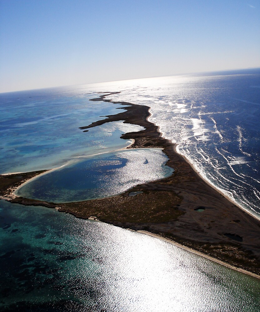 Isalnds- Geraldton by Kyle Lord