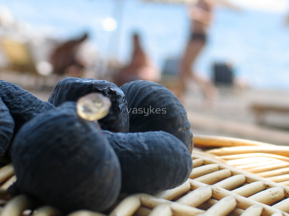 Figs and Santorini by vasykes