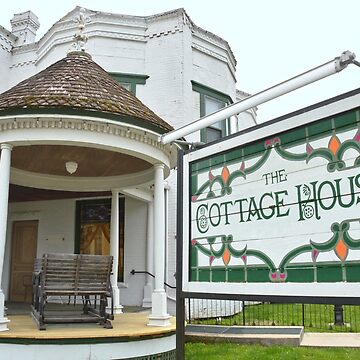 Cottage House Hotel, Council Grove, Kansas by cathysherman