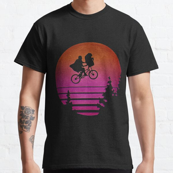 Synthwave E.T. Classic T-Shirt