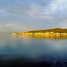 Rothesay Bay Bow by artyfifi