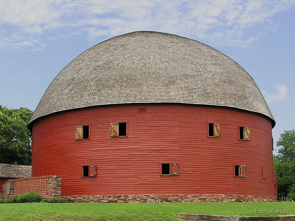 Rare Round Barn by EmmaLeigh