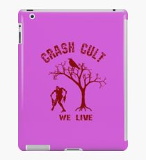Everyone Love's Zombie t-shirts. iPad Case/Skin