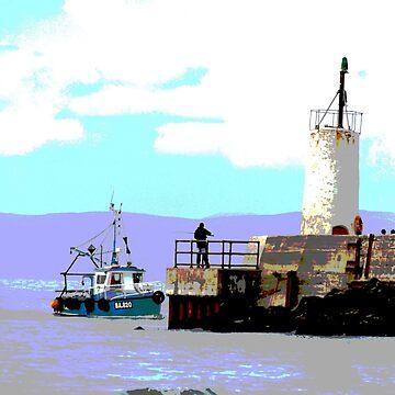 Girvan harbour by derbyshireduck