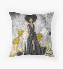 Der Queen Black and Gold Throw Pillow