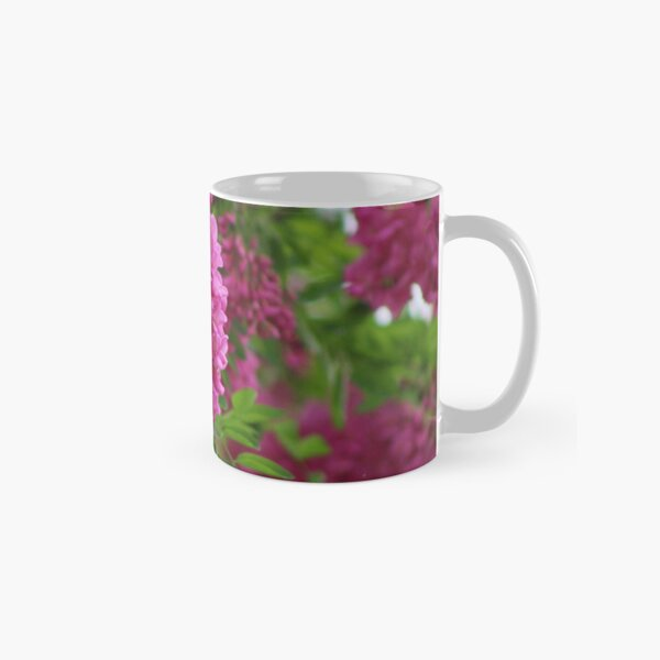 Vin Rouge Flowers on Locust Tree in Rain Classic Mug