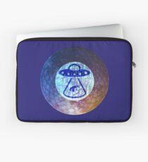 UFO Alien Abuduction Graphic Laptop Sleeve