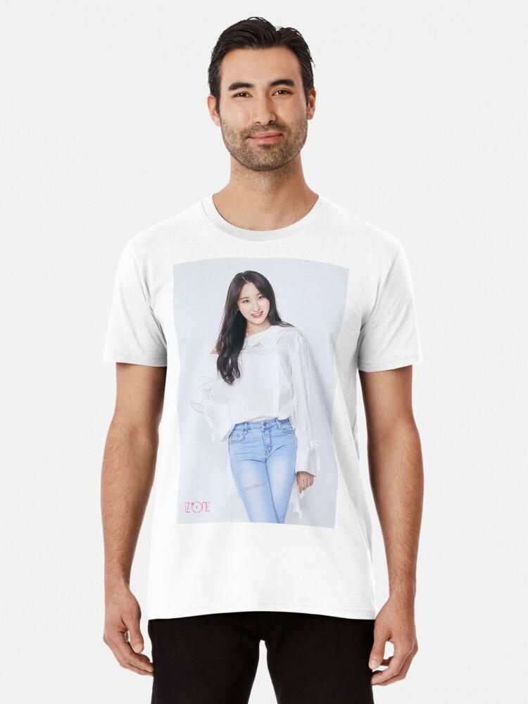'IZ*ONE (izone)   Lee Chaeyeon (이채연)' Premium T-Shirt by WANNA-ONE AND  IZ*ONE SHOP