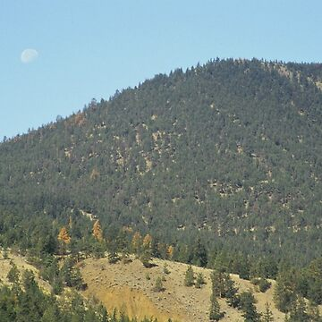 Moon over the mountain by BlackDogCountry