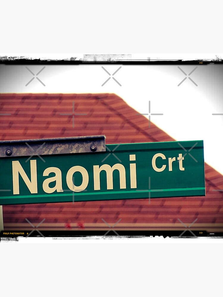 Naomi  by PicsByMi